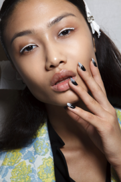 beautiful nail designs - Kenzo