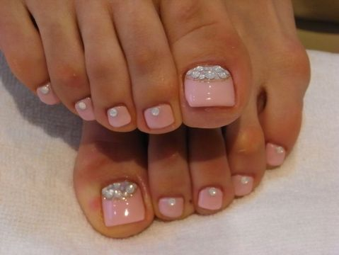 baby pink toe nail design