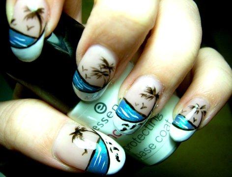 beach nail design