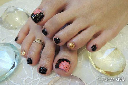 cute pink black flower design