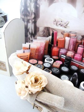 nail polish storage basket