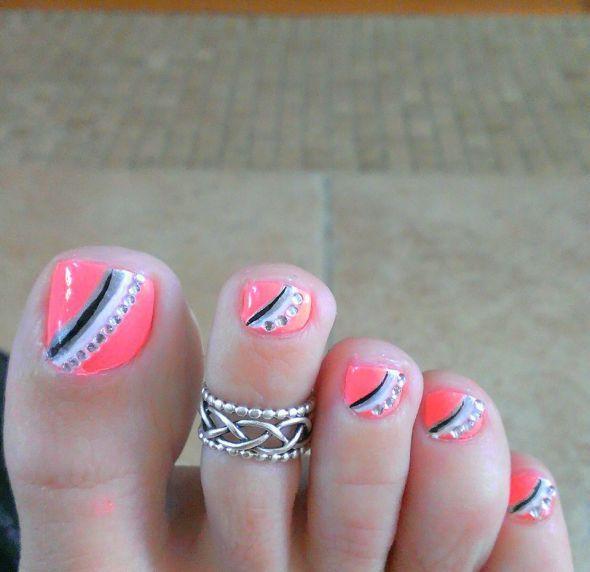 pink grey toe nail design. rhinestone pedi - 50+ Incredible Toe Nail Designs Ideas FMag.com