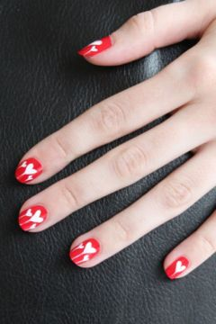 red nail design white hearts