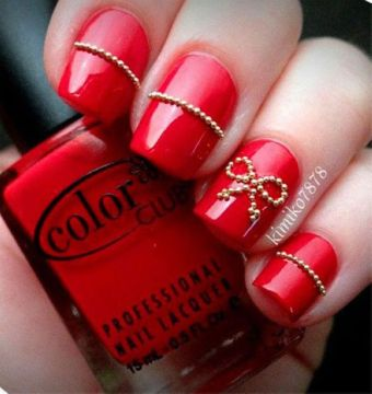red nails 3d decorations