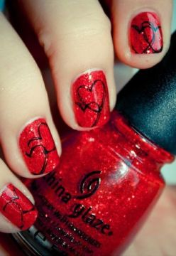 red nails abstract black hearts