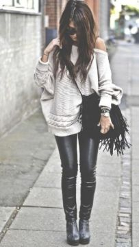 Knit tunic with leggings