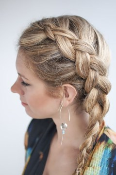 Side-braided Ponytail for Medium-Length Hair