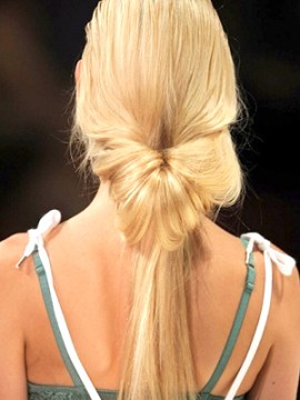 Topsy Tail Low Ponytail
