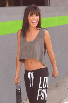 sporty crop top 3