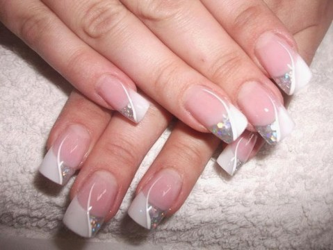 Modern Wedding Graphic Nail Art For Brides