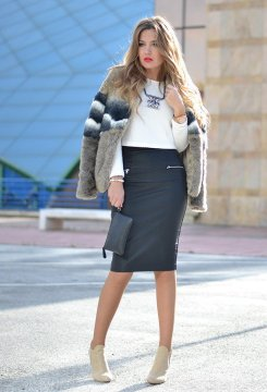 Pull Bear Top, Pencil Skirt, Khaki BootsLook