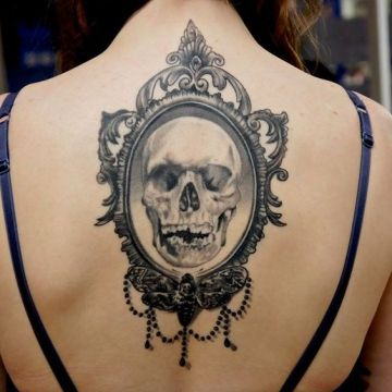 skull in the mirror tattoo
