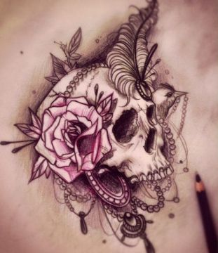 jewerlly 'n' skull tatoo