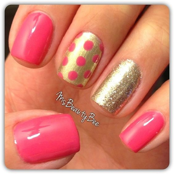 Gold And Pink Is A Classic Combination Celebrate This Perfect Color Match By Adding Different Designs Textures To Your Nail Art