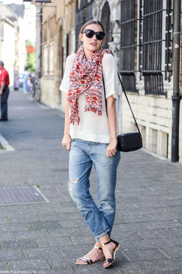 colorful scarf with boyfriend jeans