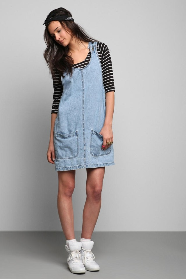 denim overall skirt with two front pockets