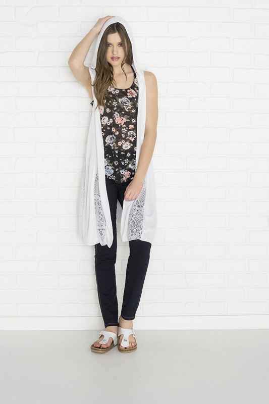 hooded long sleeveless cardigan outfit