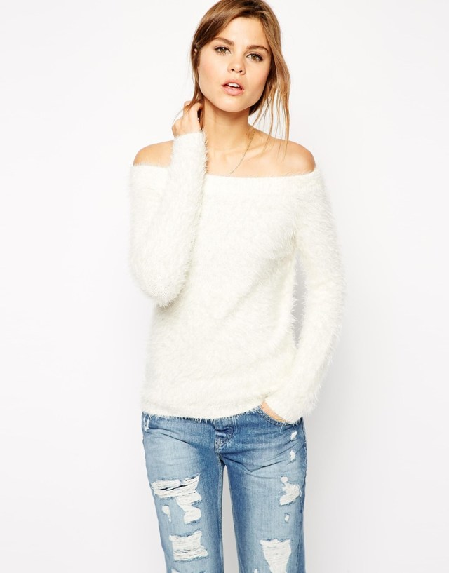 off shoulder sweater with boyfriend jeans