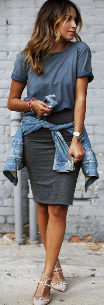 pencil skirt with a plain color t shirt