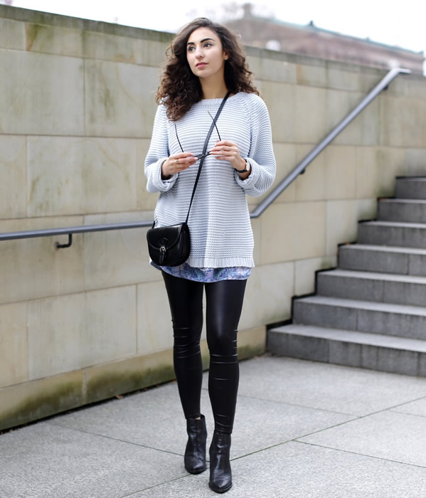 t shirt dress comfy sweater leather leggings