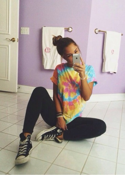 tie dye t shirt running tights yoga outfit