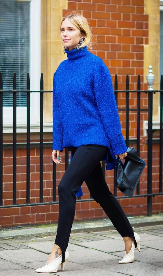 sweater stirrup