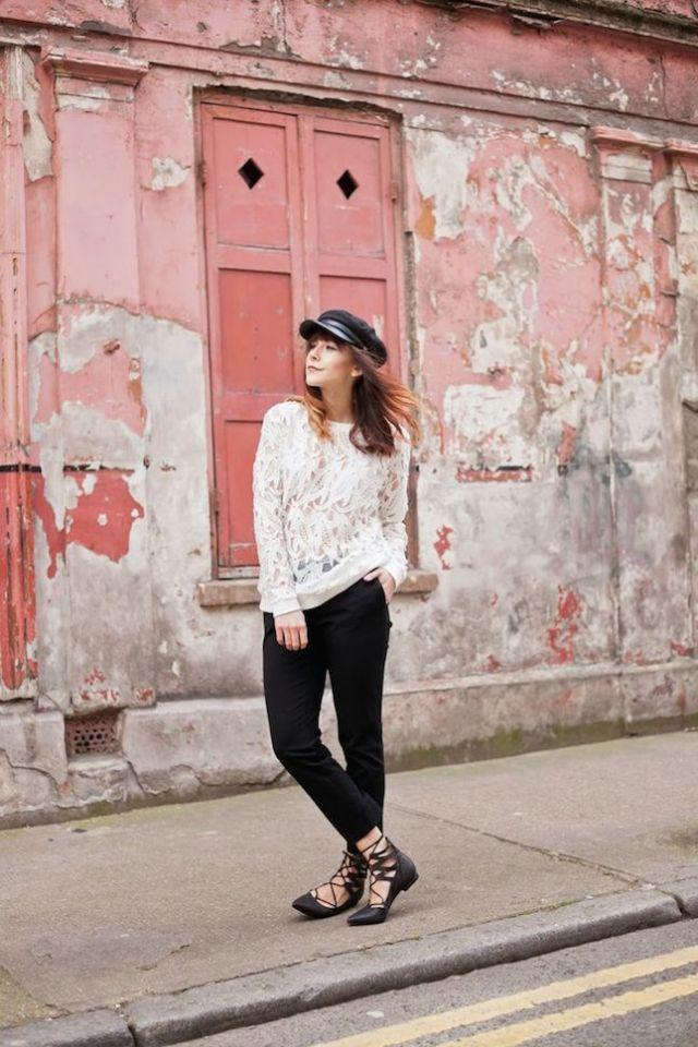 lace-up-flats-beret