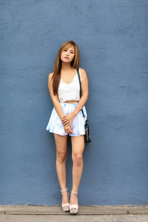 baby blue chiffon shorts white lace top
