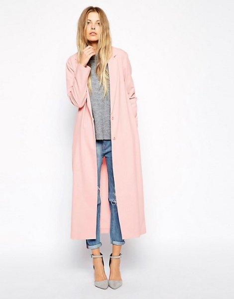 beige maxi jacket grey sweater cuffed jeans