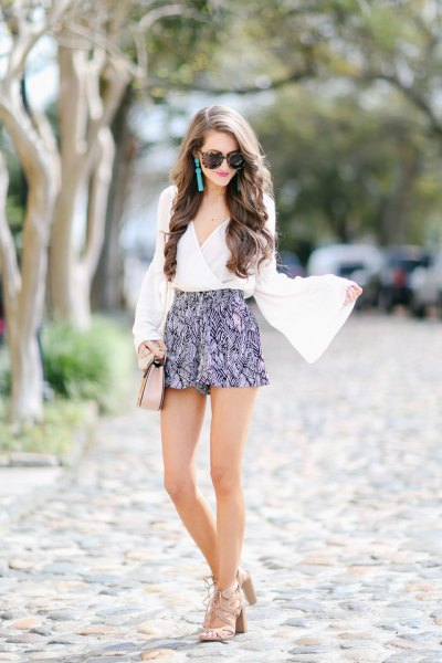 bell sleeve white blouse printed shorts
