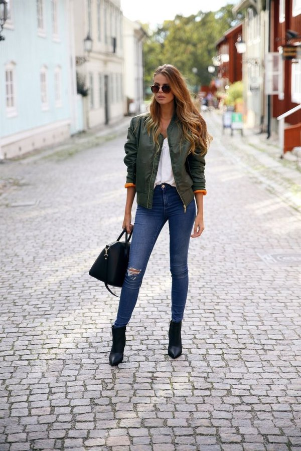 pointed toe ankle boots outfits