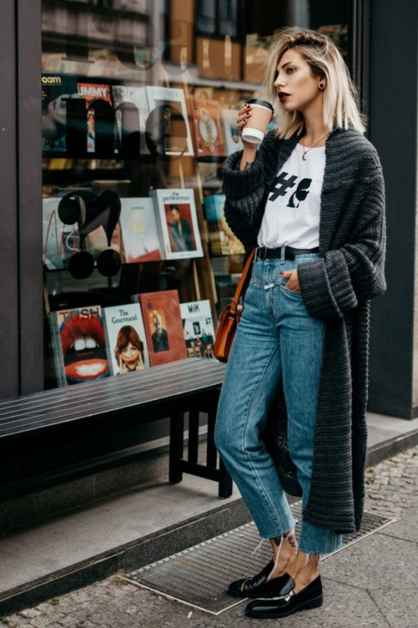 What to Wear with Mom Jeans 15 Best Outfit Ideas
