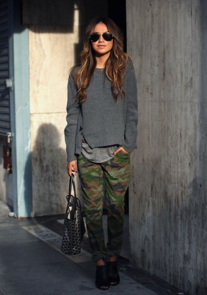 grey knit sweater army pants