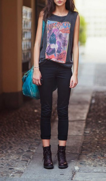 grey sleeveless print t shirt black combat boots