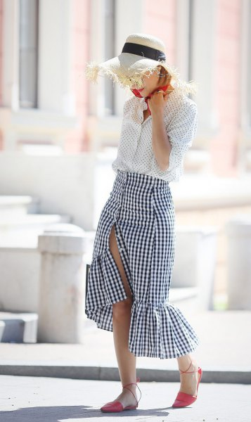 How to Style Ruffle Skirt 13 Best Outfit Ideas - FMag.com