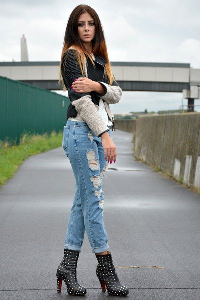 studded heeled boots cuffed boyfriend jeans