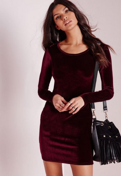 black long sleeve velvet bodycon mini dress