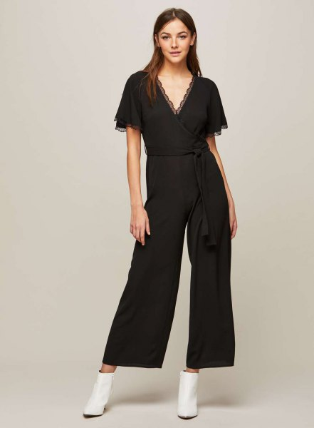 black scalloped v neck jumpsuit