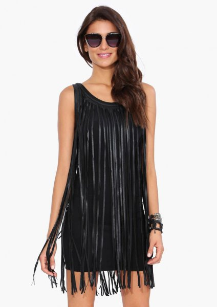 black sleeveless shift dress long fringes