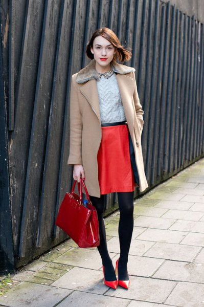 camel fur collar wool coat outfit