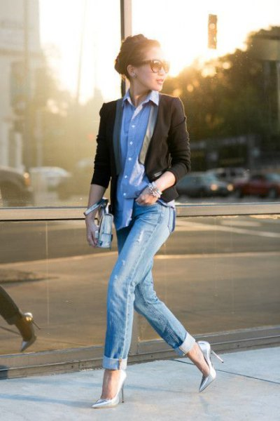 denim shirt black blazer outfit