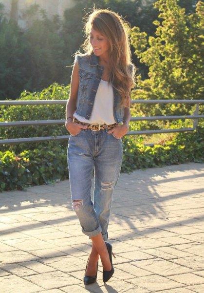 denim vest white top cuffed boyfriend jeans