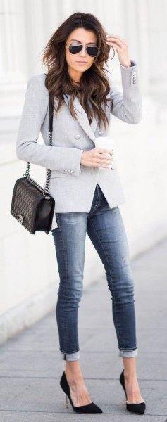 grey blazer cuffed jeans black heels