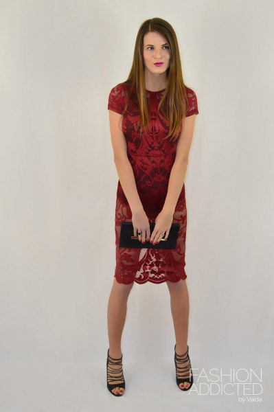 red short sleeve sheath knee length dress