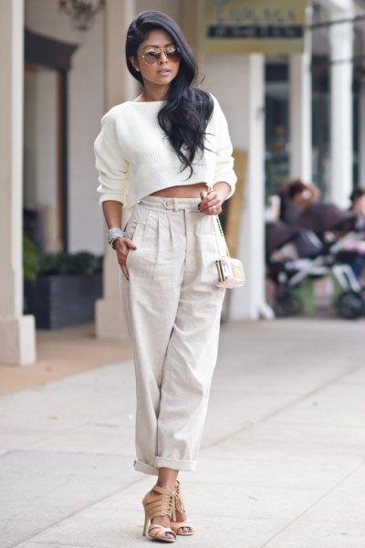 white cropped sweatshirt light grey linen pants