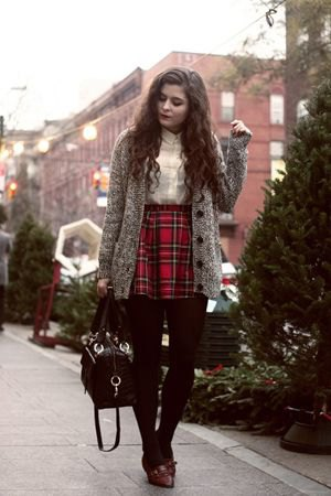 black and red plaid skirt grey oversized knit coat