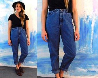 black t shirt blue cuffed jeans