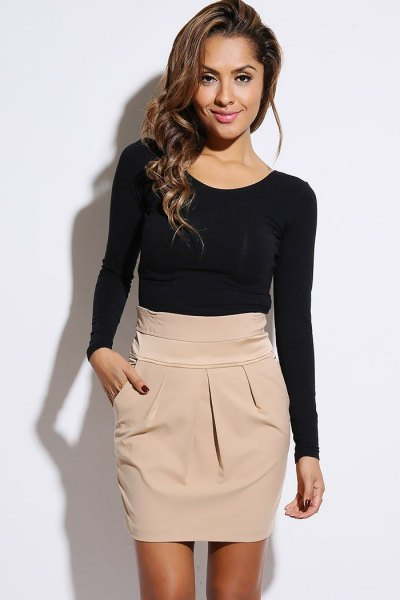 How to Wear Khaki Skirt: 15 Stylish Outfit Ideas - FMag.com