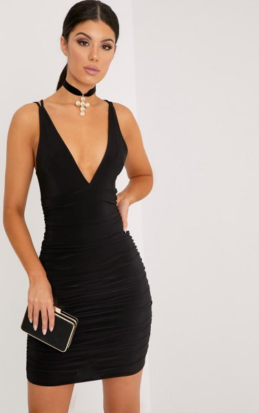aa3f24d96a5 How to Wear Ruched Dress  Best 15 Outfit Ideas - FMag.com