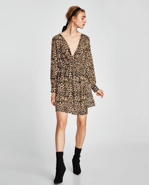 deep v neck long sleeve swing dress